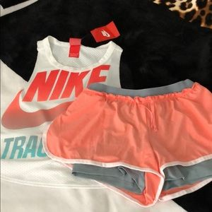 Brand New Women's Nike Outfit🍑
